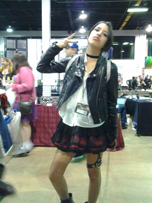 Here's a Nana Osaki cosplayer to break up text, since I couldn't take photos of the actual concert.