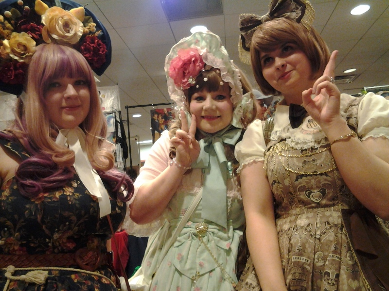 My friend Brandy (right) and some of her lolita friends! :)