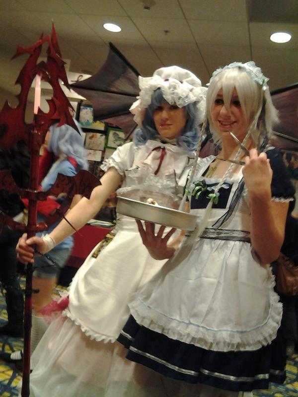 Hella good Touhou cosplayers!