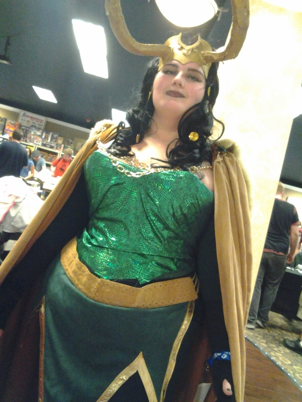 Never tired of Loki cosplayers.
