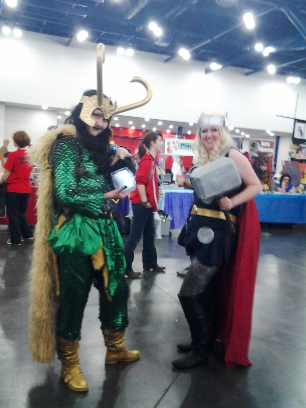 Lady Loki with fullbody scalemail! And also genderbent Thor.