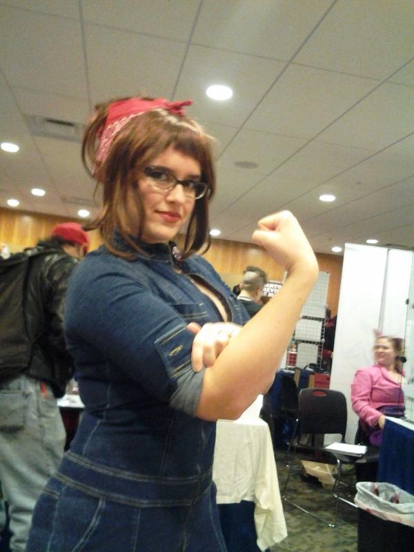Rosie the Geek Girl. (Cosplayer is @hallstigerts)