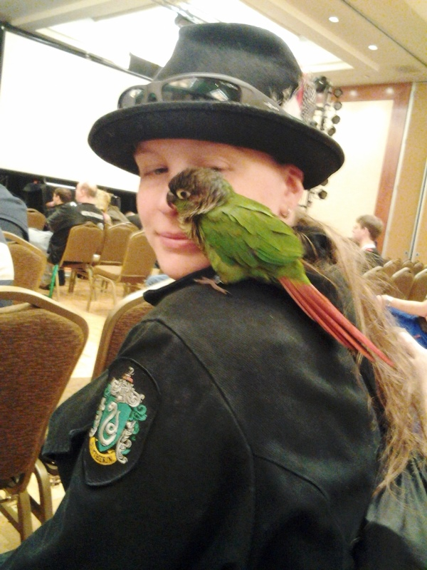 Fellow Slytherin and her bird chilling at the live auction.