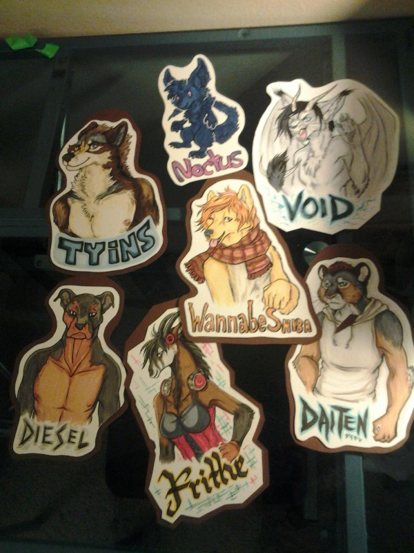 ALL THE FRIDAY LARGE/CHIBI BADGES.